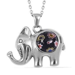 🐘 Black Murano Style Elephant Pendant